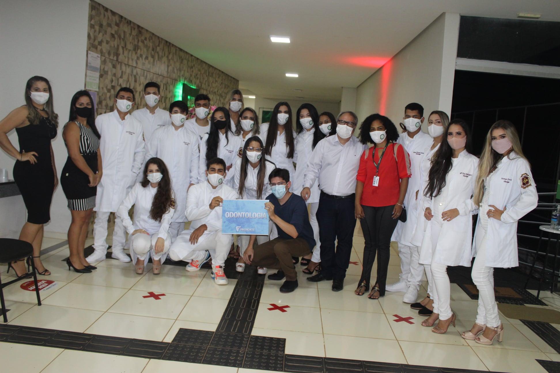 Cerimônia do Jaleco da Turma V de Odontologia da Favenorte